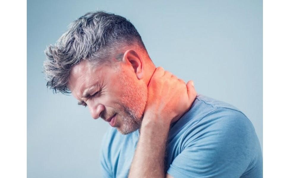 Все, що ви хотіли знати про біль в шиї та лікування