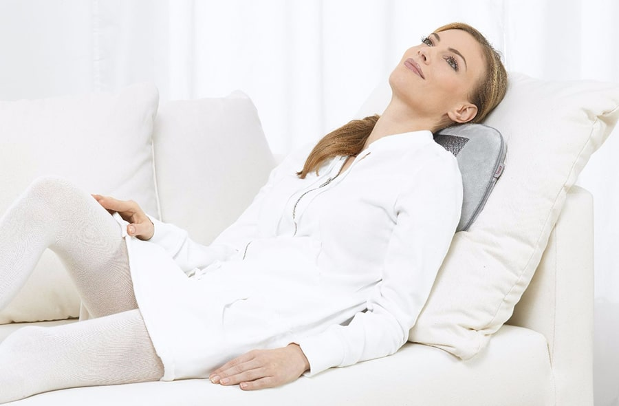 массажная подушка beurer mg145